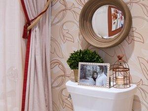 浴帘、墙纸装修卫浴间 现代风格浴室装修图片欣赏