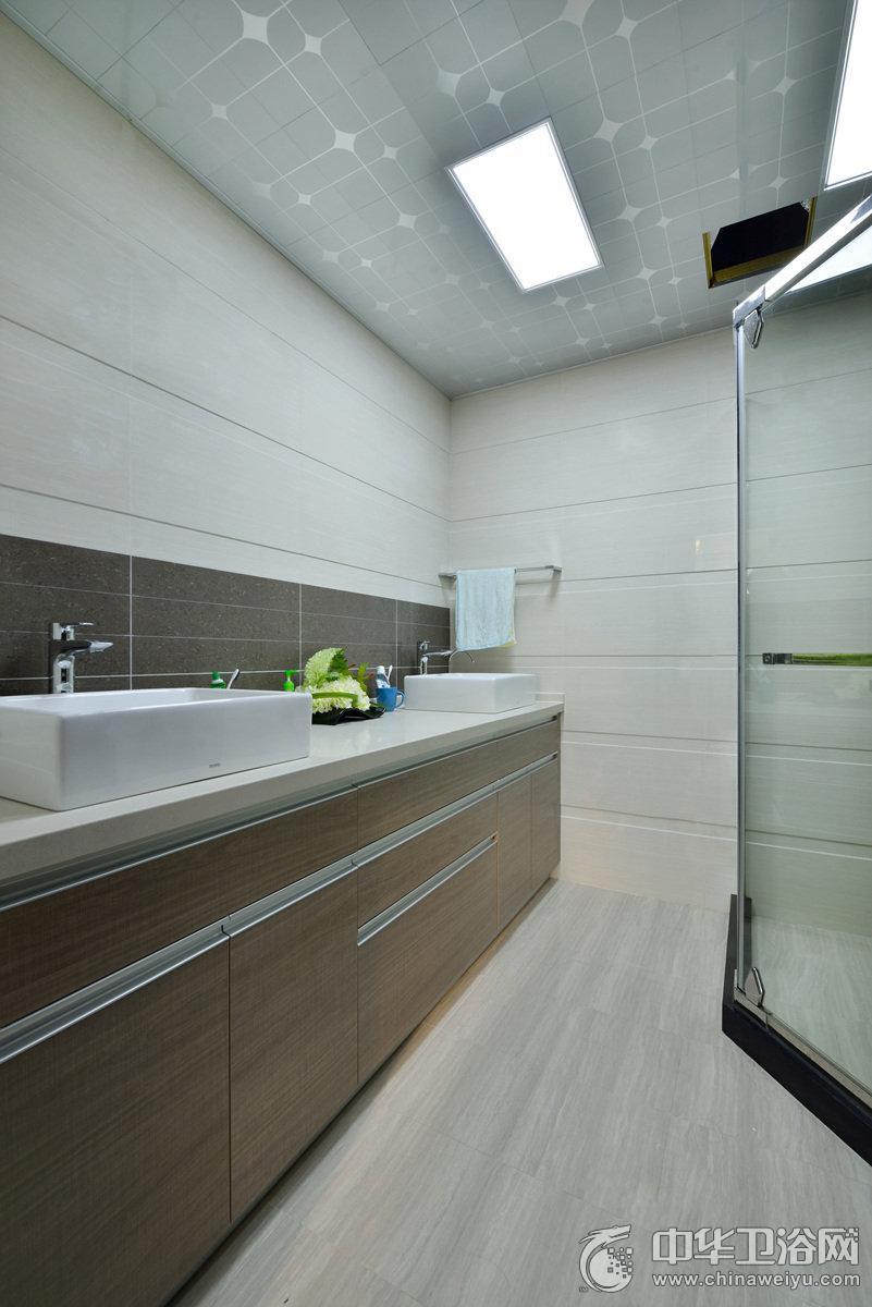 现代简约风格卫生间家装效果图