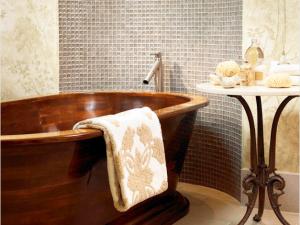 现代风格浴室装修效果图片 够沉稳!