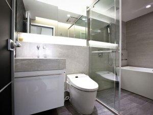 现代简约设计卫生间瓷砖背景墙装修效果图