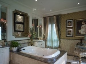 乡村风格大卫生间装修效果图 别墅卫生间浴缸图片