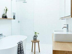 北欧简约风格卫生间装修效果图   原木色浴室柜图片