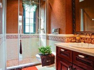 古典风格卫生间实木浴室柜图片 浴室玻璃隔断效果图