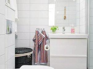北欧风格小卫生间装修效果图 单人浴室柜图片