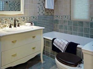 欧式小卫生间装修效果图 浴室柜装修图片