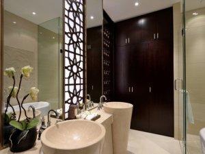 新中式风格卫生间装修效果图 双人洗漱台设计图片