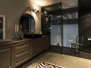 简约风格灰色卫生间装修效果图 浴室柜设计图片