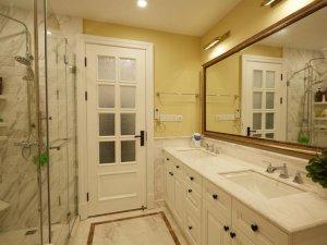 200平美式风暖宅卫生间装修效果图 白色卫浴间效果图