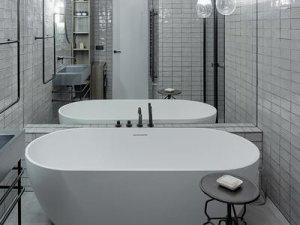 工业风格卫生间装修效果图 独立浴缸设计图