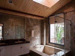 大气卫生间装修效果图  玻璃淋浴房图片