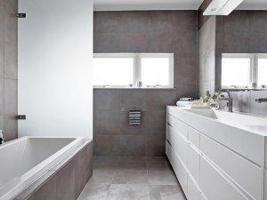 简洁大气卫生间图片大全  浴室带浴缸效果图