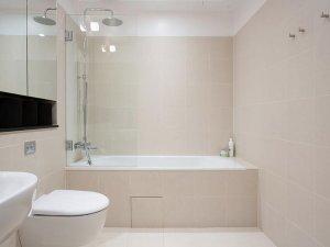 简欧风卫生间装修效果图 白色浴缸图片