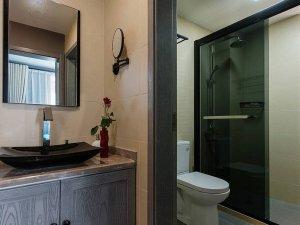 简约风卫生间效果图 灰色浴室柜图片大全