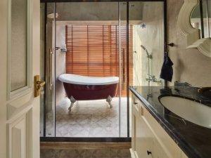 田园风浴室装修效果图 创意浴缸图片