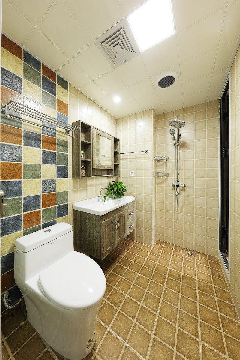 美式卫生间图片大全 实木浴室柜效果图