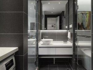 现代风小卫生间效果图 时尚白色浴室柜图片