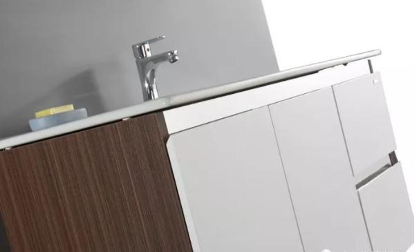 鹰卫浴  冰川系列浴室柜效果图
