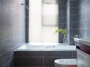 灰色卫生间效果图大全 砖砌浴缸图片